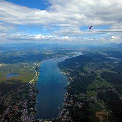 Flugwegposition um 13:16:42: Aufgenommen in der Nähe von Gemeinde Steindorf am Ossiacher See, Österreich in 1404 Meter