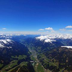 Flugwegposition um 11:55:51: Aufgenommen in der Nähe von Gemeinde Außervillgraten, Österreich in 3210 Meter