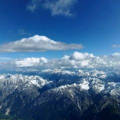 Flugwegposition um 14:33:23: Aufgenommen in der Nähe von Gemeinde Assling, Österreich in 3724 Meter
