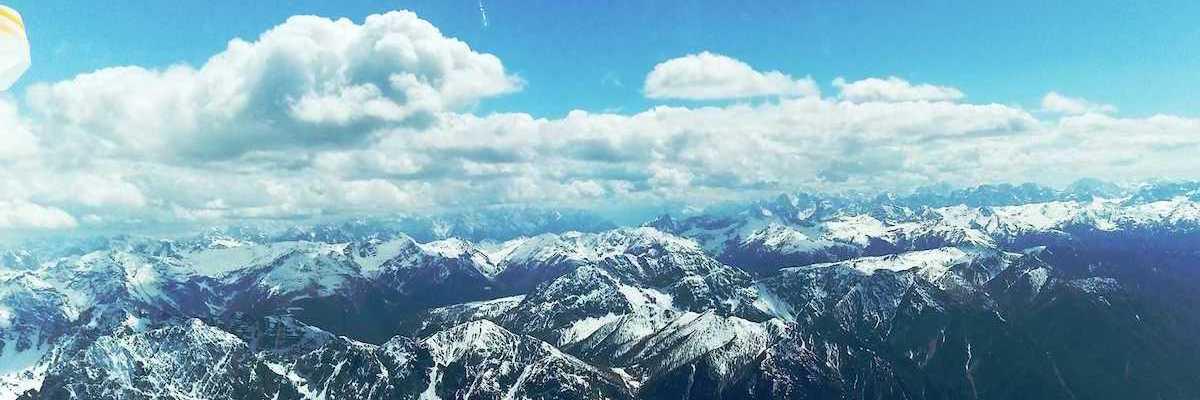 Flugwegposition um 12:56:27: Aufgenommen in der Nähe von Gemeinde Leisach, Österreich in 3253 Meter