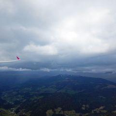 Flugwegposition um 12:23:20: Aufgenommen in der Nähe von Gemeinde Himmelberg, Himmelberg, Österreich in 1998 Meter