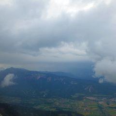 Flugwegposition um 13:03:38: Aufgenommen in der Nähe von Gemeinde Arnoldstein, Arnoldstein, Österreich in 1706 Meter
