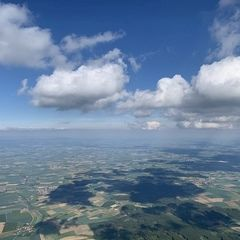Verortung via Georeferenzierung der Kamera: Aufgenommen in der Nähe von Straubing-Bogen, Deutschland in 1900 Meter