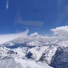 Flugwegposition um 12:41:57: Aufgenommen in der Nähe von Bezirk Inn, Schweiz in 3814 Meter