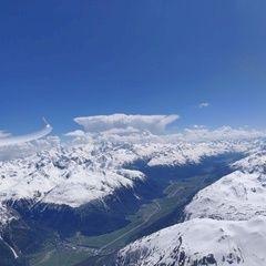 Flugwegposition um 12:53:38: Aufgenommen in der Nähe von Maloja, Schweiz in 3512 Meter