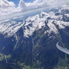 Flugwegposition um 13:35:33: Aufgenommen in der Nähe von Gemeinde St. Gallenkirch, Österreich in 3171 Meter