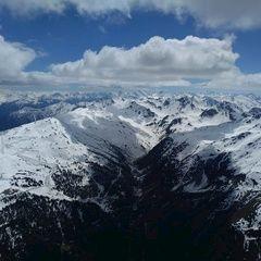 Flugwegposition um 12:55:39: Aufgenommen in der Nähe von Gemeinde Fließ, Fließ, Österreich in 2871 Meter