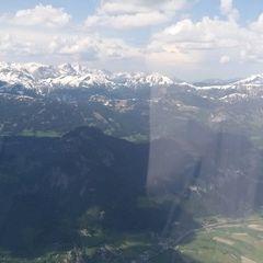 Flugwegposition um 13:25:46: Aufgenommen in der Nähe von Gemeinde Aigen im Ennstal, Österreich in 2206 Meter