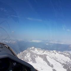 Flugwegposition um 07:44:28: Aufgenommen in der Nähe von Gemeinde Saalfelden am Steinernen Meer, 5760 Saalfelden am Steinernen Meer, Österreich in 3275 Meter