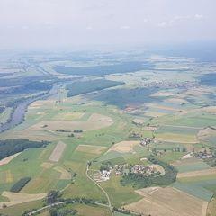 Verortung via Georeferenzierung der Kamera: Aufgenommen in der Nähe von Gemeinde Poppelau, Polen in 900 Meter