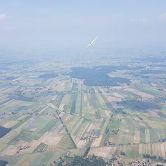 Flugwegposition um 11:46:36: Aufgenommen in der Nähe von Gmina Grabów, Polen in 1089 Meter