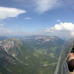 Verortung via Georeferenzierung der Kamera: Aufgenommen in der Nähe von Altenberg an der Rax, Österreich in 2200 Meter
