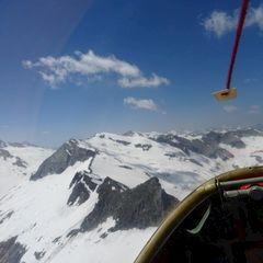 Flugwegposition um 10:47:42: Aufgenommen in der Nähe von Gemeinde Matrei in Osttirol, Österreich in 2968 Meter