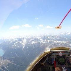 Flugwegposition um 12:41:23: Aufgenommen in der Nähe von Bezirk Inn, Schweiz in 3236 Meter