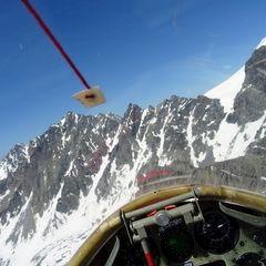 Flugwegposition um 13:51:57: Aufgenommen in der Nähe von Bezirk Entremont, Schweiz in 3196 Meter
