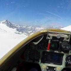 Flugwegposition um 13:54:04: Aufgenommen in der Nähe von Bezirk Entremont, Schweiz in 3353 Meter