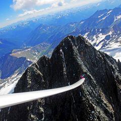 Flugwegposition um 14:14:32: Aufgenommen in der Nähe von Gemeinde Kals am Großglockner, 9981, Österreich in 3643 Meter