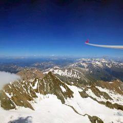 Flugwegposition um 14:11:24: Aufgenommen in der Nähe von Gemeinde Kals am Großglockner, 9981, Österreich in 3543 Meter