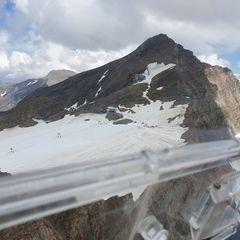 Verortung via Georeferenzierung der Kamera: Aufgenommen in der Nähe von Gemeinde Uttendorf, Österreich in 3000 Meter