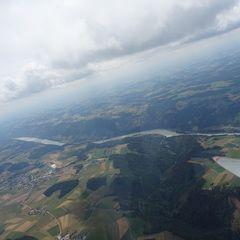 Flugwegposition um 10:55:10: Aufgenommen in der Nähe von Gemeinde Pfarrkirchen im Mühlkreis, Österreich in 1802 Meter