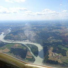 Flugwegposition um 13:42:01: Aufgenommen in der Nähe von Passau, Deutschland in 1399 Meter