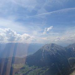 Flugwegposition um 11:26:26: Aufgenommen in der Nähe von Gemeinde Leutasch, Österreich in 2502 Meter
