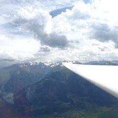 Flugwegposition um 13:32:32: Aufgenommen in der Nähe von Gemeinde Piesendorf, 5721 Piesendorf, Österreich in 2306 Meter
