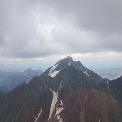 Verortung via Georeferenzierung der Kamera: Aufgenommen in der Nähe von Gemeinde Neustift im Stubaital, 6167 Neustift im Stubaital, Österreich in 3300 Meter