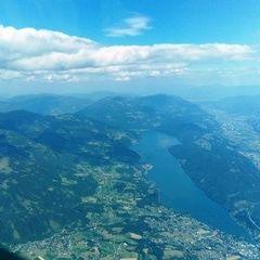 Flugwegposition um 14:12:48: Aufgenommen in der Nähe von Gemeinde Trebesing, Österreich in 2985 Meter