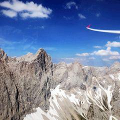 Flugwegposition um 14:15:30: Aufgenommen in der Nähe von Gemeinde Ramsau am Dachstein, 8972, Österreich in 2326 Meter