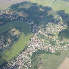 Flugwegposition um 13:13:26: Aufgenommen in der Nähe von Paksi, Ungarn in 1416 Meter