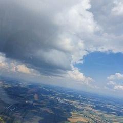 Flugwegposition um 12:59:28: Aufgenommen in der Nähe von Rottal-Inn, Deutschland in 1364 Meter