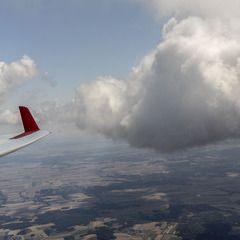 Flugwegposition um 11:02:35: Aufgenommen in der Nähe von Gemeinde Waldkirchen an der Thaya, 3844, Österreich in 2137 Meter