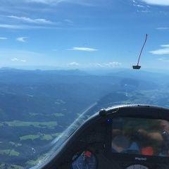 Flugwegposition um 12:02:49: Aufgenommen in der Nähe von Gemeinde Breitenstein, Österreich in 2342 Meter