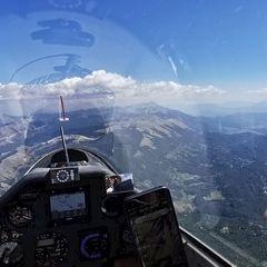 Flugwegposition um 12:32:59: Aufgenommen in der Nähe von 02023 Fiamignano, Rieti, Italien in 2281 Meter