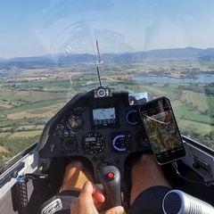 Flugwegposition um 15:13:29: Aufgenommen in der Nähe von 02010 Colli sul Velino, Rieti, Italien in 604 Meter