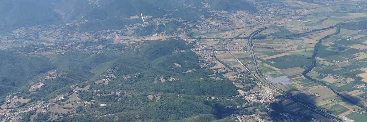 Flugwegposition um 11:34:17: Aufgenommen in der Nähe von 02100 Rieti, Italien in 1639 Meter