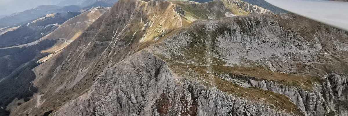 Flugwegposition um 10:53:04: Aufgenommen in der Nähe von 02016 Leonessa, Rieti, Italien in 2161 Meter