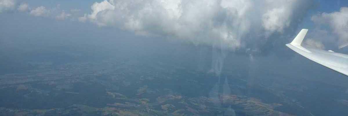 Flugwegposition um 12:55:05: Aufgenommen in der Nähe von Gemeinde Kukmirn, Kukmirn, Österreich in 2048 Meter