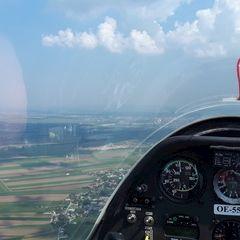 Flugwegposition um 11:33:13: Aufgenommen in der Nähe von Gemeinde St. Egyden am Steinfeld, Österreich in 738 Meter