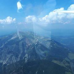 Flugwegposition um 13:00:58: Aufgenommen in der Nähe von Gemeinde Bürg-Vöstenhof, 2630, Österreich in 2353 Meter