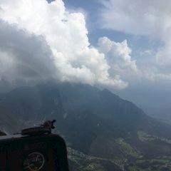 Verortung via Georeferenzierung der Kamera: Aufgenommen in der Nähe von Gemeinde Paternion, Österreich in 2000 Meter