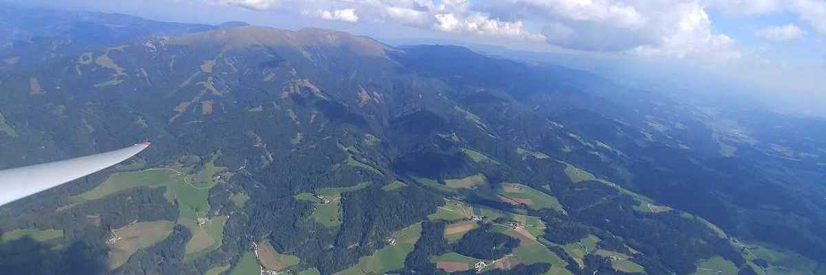 Verortung via Georeferenzierung der Kamera: Aufgenommen in der Nähe von Amering, Österreich in 2500 Meter