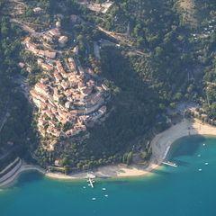 Flugwegposition um 16:12:35: Aufgenommen in der Nähe von Département Alpes-de-Haute-Provence, Frankreich in 1438 Meter