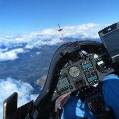 Flugwegposition um 15:07:02: Aufgenommen in der Nähe von Département Hautes-Alpes, Frankreich in 5701 Meter