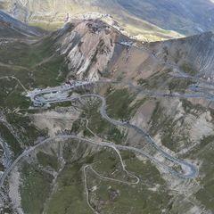 Flugwegposition um 13:43:56: Aufgenommen in der Nähe von Département Hautes-Alpes, Frankreich in 2711 Meter