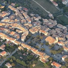 Flugwegposition um 17:05:11: Aufgenommen in der Nähe von Département Alpes-de-Haute-Provence, Frankreich in 1298 Meter
