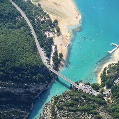 Flugwegposition um 13:42:19: Aufgenommen in der Nähe von Département Alpes-de-Haute-Provence, Frankreich in 1393 Meter