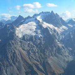 Flugwegposition um 15:13:38: Aufgenommen in der Nähe von Département Hautes-Alpes, Frankreich in 3370 Meter