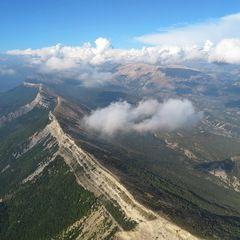 Flugwegposition um 15:17:37: Aufgenommen in der Nähe von Département Alpes-de-Haute-Provence, Frankreich in 1992 Meter